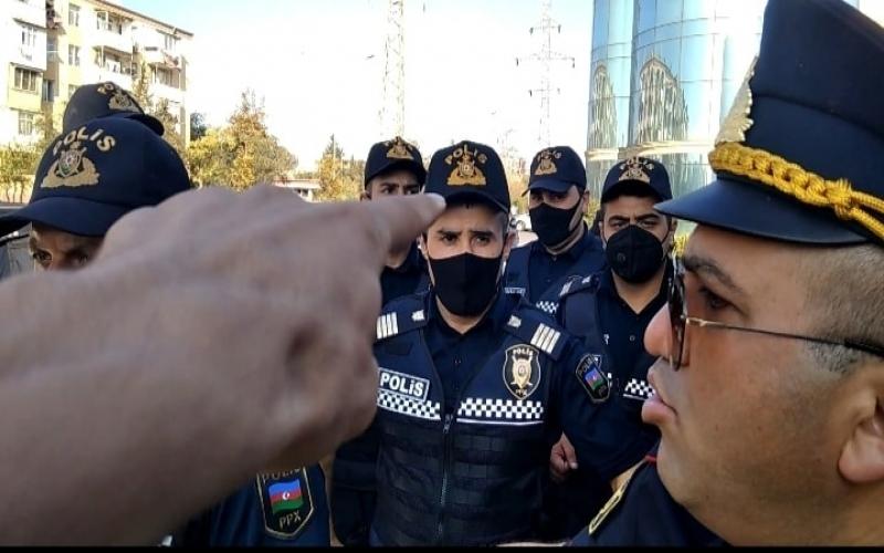 Bugünki aksiyada polis jurnalistə ciddi ziyan vurub -   FOTOLAR