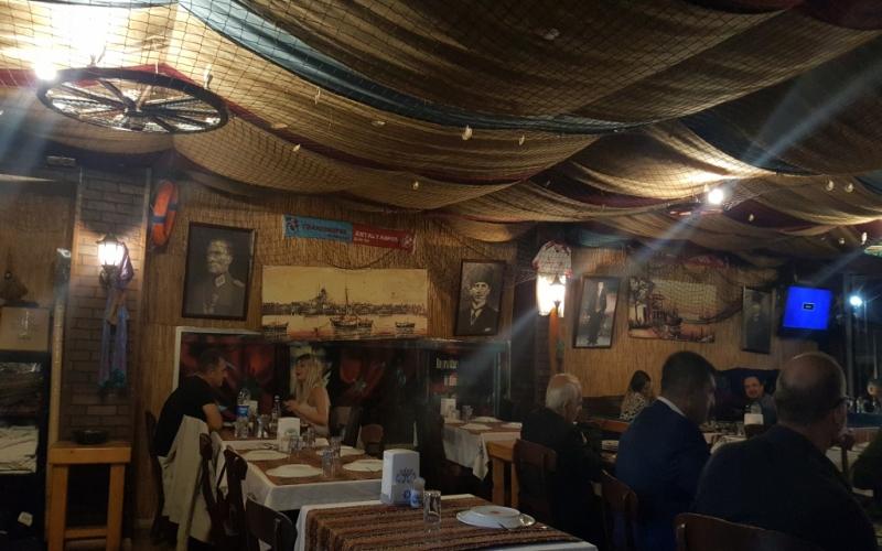 Atatürkün balıqçı meyxanəsindəki şəkilləri