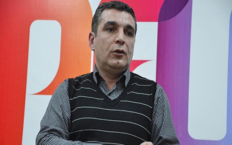 """Natiq Cəfərlidən Paşinyana xilas təklifi:  """"Olmayan papağını qabağına qoyub..."""""""