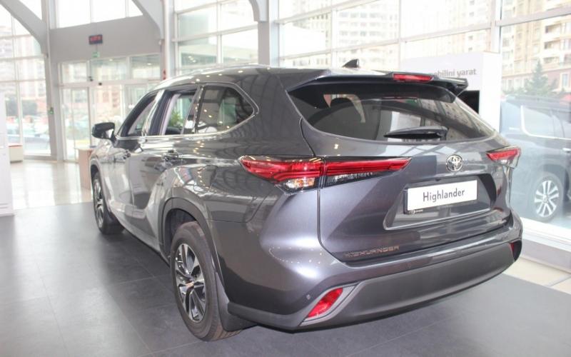 """""""Toyota Highlander"""" 2020-ci il modeli artıq Azərbaycanda -  FOTOLAR"""