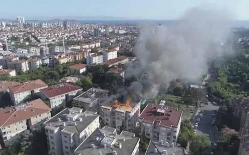 İstanbulda partlayış -  Yaralılar var