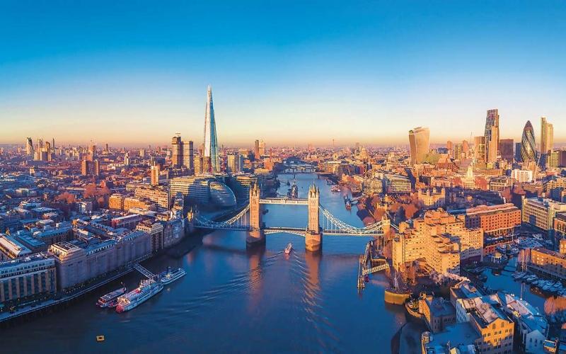 Azərbaycanlı hüquqşünas Londonun meri ola bilər -  FOTO