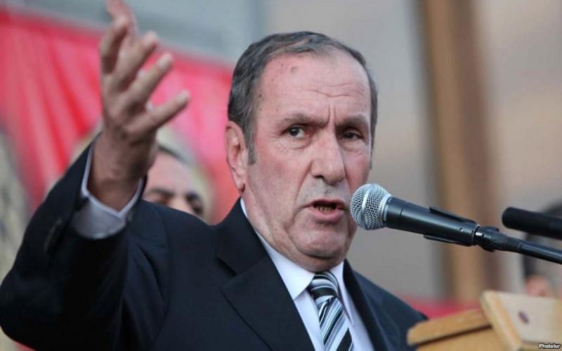 Ter-Petrosyan erməniləri Azərbaycan və Türkiyə ilə qorxutdu
