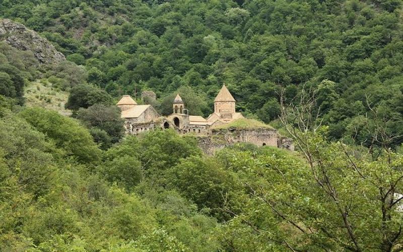 Kəlbəcərdə qar əridi, minalar ortaya çıxdı -  FOTO