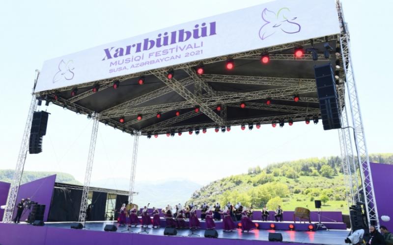 """Ənənə bərpa olundu:  Şuşa – """"Xarıbülbül""""  festivalı"""