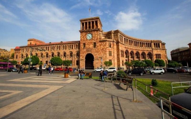 ABŞ dövlət katibinin müavini Yerevanda Qarabağ məsələsini  müzakirə edib