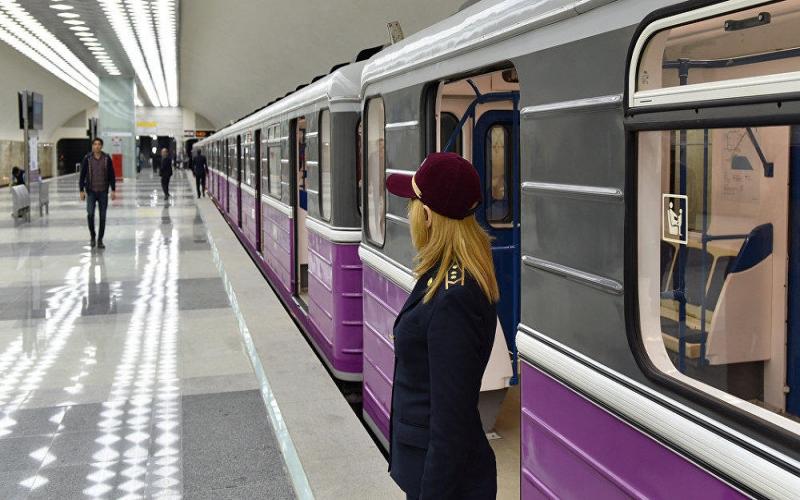 Bakı metrosunda gələn il təmassız ödəniş etmək mümkün olacaq