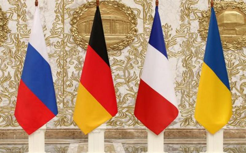 Zelenski Merkel və Makronla Donbasdan danışdı