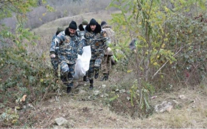 Daha iki erməni hərbçinin cəsədi  tapıldı
